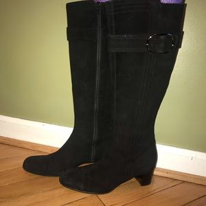 Cole Haan Black Suede Boots w/buckle Accent Sz 5.5